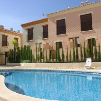 Fantastic Linked Villas in Portman from 98.000€