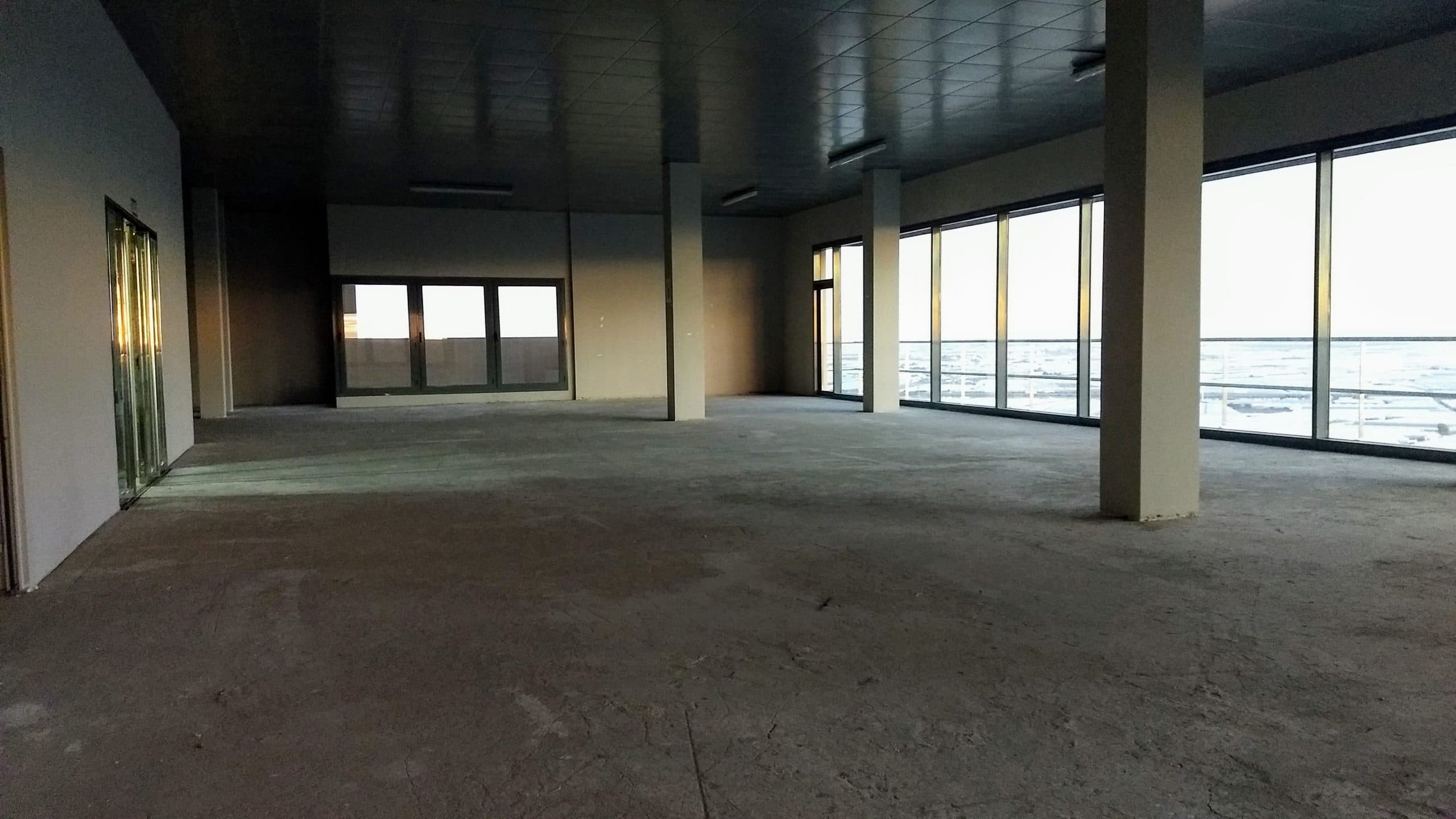 Commercial premises in El Ejido 9.106 sqm.