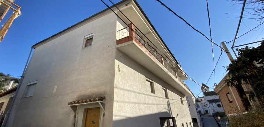 Renovation project opportunity 35.890€