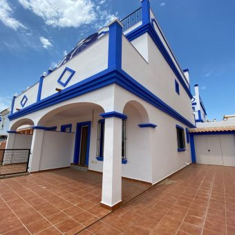 Villa with Sun Terrace and Sea View 148.420€