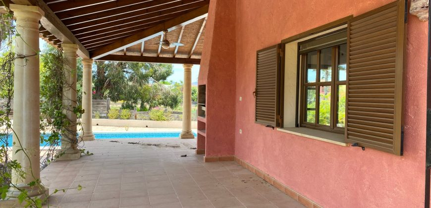 Luxurious Villa in Desert Springs 299.000€